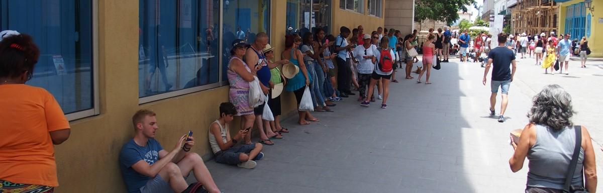 Kubaner surfen im Internet