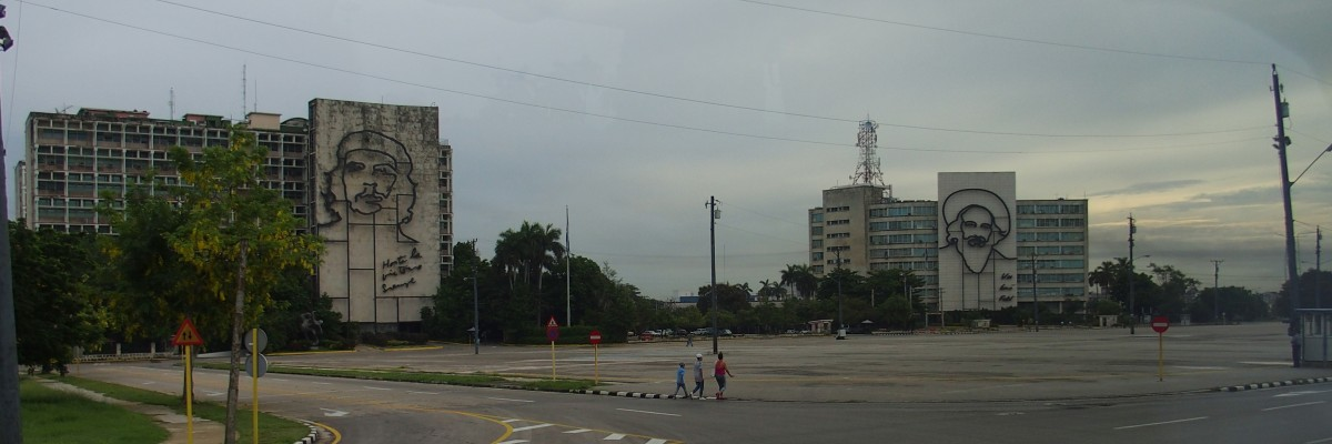 """Revolutionsplatz"""""""